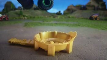 Hot Wheels Monster Trucks Epic Loop Challenge TV Spot, 'Crush It' - Thumbnail 8