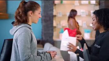 Hand & Stone TV Spot, 'Valentine's Day: Free Massage or Facial' Featuring Carli Lloyd - Thumbnail 2