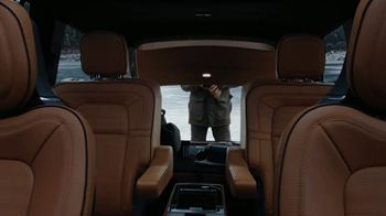 2020 Lincoln Aviator TV Spot, 'Warm Escape' Featuring Matthew McConaughey [T1] - Thumbnail 5