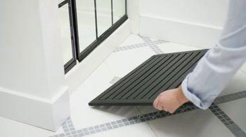 Moen TV Spot, 'DIY Network: Elegant Bath Upgrade' - Thumbnail 7