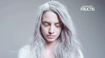 Garnier Fructis Invisible Dry Shampoo TV Spot, 'Sin residuos' canción de Bruno Mars [Spanish] - Thumbnail 1