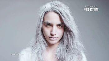 Garnier Fructis Invisible Dry Shampoo TV Spot, 'Sin residuos' canción de Bruno Mars [Spanish] - Thumbnail 2