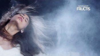 Garnier Fructis Invisible Dry Shampoo TV Spot, 'Sin residuos' canción de Bruno Mars [Spanish] - Thumbnail 3