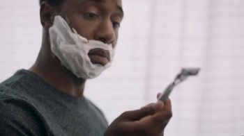 Gillette SkinGuard TV Spot, 'Years of Reviews' - Thumbnail 6