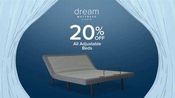 Value City Furniture Dream Mattress Studio Presidents Day Sale TV Spot, 'Doorbuster Deals' - Thumbnail 6