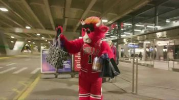 Hilton Chicago O'Hare Airport TV Spot, 'Benny's Guide' - 34 commercial airings
