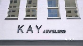 Kay Jewelers Valentine's Day Event TV Spot, 'Win Her Heart: 20 to 50% Off' - Thumbnail 1