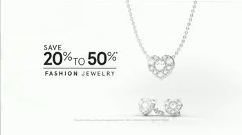 Kay Jewelers Valentine's Day Event TV Spot, 'Win Her Heart: 20 to 50% Off' - Thumbnail 10