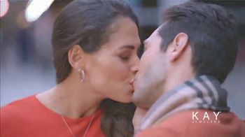Kay Jewelers Valentine's Day Event TV Spot, 'Win Her Heart: 20 to 50% Off' - Thumbnail 9