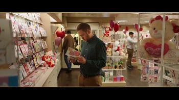Jared TV Spot, 'Valentine's Day: Card Aisle Serenade'