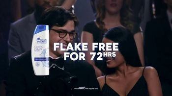 Head & Shoulders TV Spot, 'Stay Flake-Free for 72 hours and Do a Dance With Tear Away Pants'