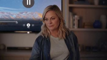 XFINITY xFi TV Spot, 'Threat: $39.99' Featuring Amy Poehler - Thumbnail 6