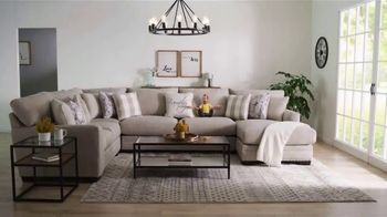 Bob's Discount Furniture Bobfest 2020 TV Spot, 'Cottage Chic Sectional' - Thumbnail 7