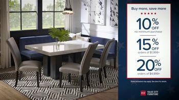 Value City Furniture Presidents Day Sale TV Spot, 'Doorbuster Deals: Free Ottomans' - Thumbnail 2