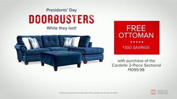Value City Furniture Presidents Day Sale TV Spot, 'Doorbuster Deals: Free Ottomans'