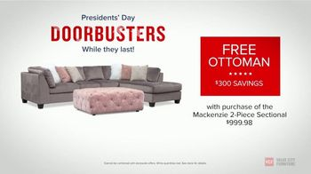 Value City Furniture Presidents Day Sale TV Spot, 'Doorbuster Deals: Free Ottomans' - Thumbnail 8