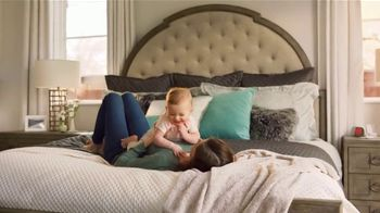 Havertys Mattress Sale TV Spot, 'Beautyrest Black' - Thumbnail 4