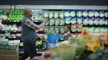 Walmart TV Spot, 'Thanksgiving Newborn' - Thumbnail 2