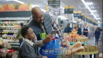 Walmart TV Spot, 'Thanksgiving Newborn' - Thumbnail 4