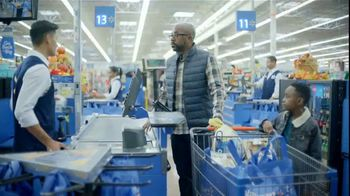 Walmart TV Spot, 'Thanksgiving Newborn' - Thumbnail 5
