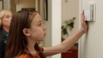 XFINITY TV Spot, 'Family Heirloom: $39.99' Featuring Amy Poehler - Thumbnail 3