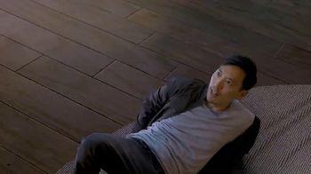Oculus Quest TV Spot, 'Defy Reality: Vader Immortal' Featuring Eric Wareheim - Thumbnail 5