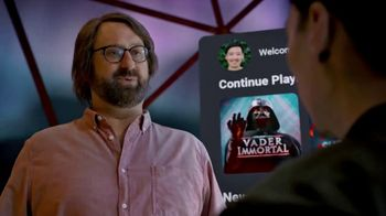 Oculus Quest TV Spot, 'Defy Reality: Vader Immortal' Featuring Eric Wareheim - Thumbnail 6