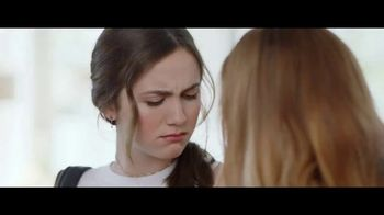 Jergens Lavender Body Butter TV Spot, 'Old Man Elbows' Featuring Leslie Mann, Maude Apatow