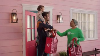 Target TV Spot, 'Merry Multitaskers: Free Delivery with $75 Purchase' Song by Sam Smith - Thumbnail 4