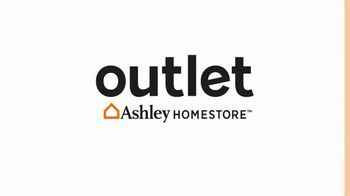 Ashley HomeStore Outlet TV Spot, 'Black Friday: Great Deals and Next Day Delivery' - Thumbnail 1