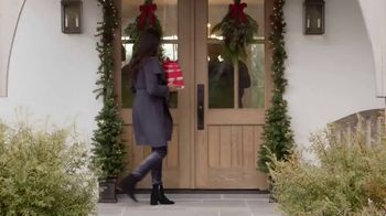 Hickory Farms TV Spot, 'How to Find the Perfect Holiday Gift' - Thumbnail 1
