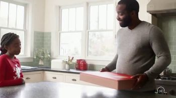 Hickory Farms TV Spot, 'How to Find the Perfect Holiday Gift' - Thumbnail 6