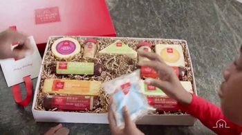 Hickory Farms TV Spot, 'How to Find the Perfect Holiday Gift' - Thumbnail 7