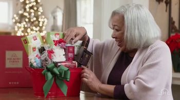 Hickory Farms TV Spot, 'How to Find the Perfect Holiday Gift' - Thumbnail 9