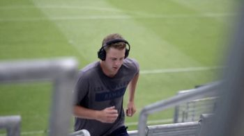 Bose Noise Cancelling Headphones 700 TV Spot, 'Heads Up Play: Jared Goff' - Thumbnail 4