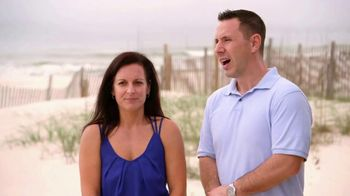 VRBO TV Spot, 'Beachfront Bargain Hunt: Tablet'