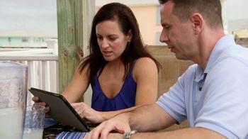 VRBO TV Spot, 'Beachfront Bargain Hunt: Tablet' - Thumbnail 5