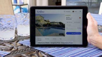 VRBO TV Spot, 'Beachfront Bargain Hunt: Tablet' - Thumbnail 6