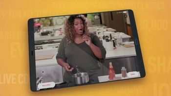 Food Network Kitchen App TV Spot, 'Cook With the Legends' - Thumbnail 8