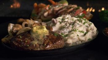 Applebee's Sizzlin' Entrees TV Spot, 'Fever' Song by Peggy Lee - Thumbnail 6