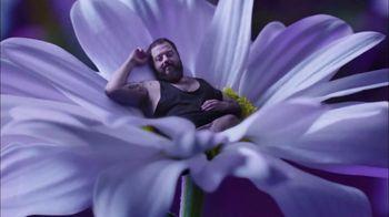 Vicks ZzzQuil PURE Zzzs Melatonin Gummies TV Spot, 'Unique Botanical Blend' - Thumbnail 3