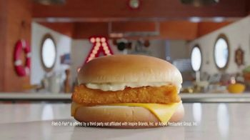 Arby's 2 for $6 Fish Sandwiches TV Spot, 'Pictures' Song by YOGI - Thumbnail 1