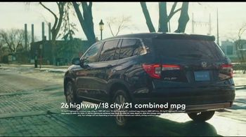 Honda Presidents Day Sales Event TV Spot, 'Life Is Better: Sota Clothing' [T2] - Thumbnail 3