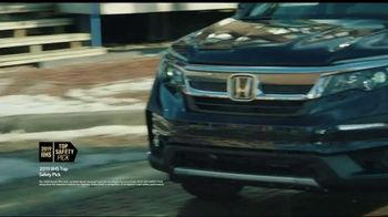 Honda Presidents Day Sales Event TV Spot, 'Life Is Better: Sota Clothing' [T2] - Thumbnail 4