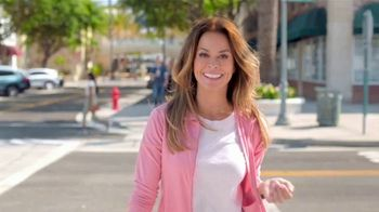 SKECHERS Arch Fit TV Spot, 'Soporte total' con Brooke Burke [Spanish] - 742 commercial airings