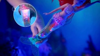Disney Princess Glitter 'n Glow Ariel TV Spot, 'Light Shows' - Thumbnail 5