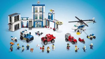 LEGO City: Police Station and Police Helicopter TV Spot, 'Jail Break' - Thumbnail 10