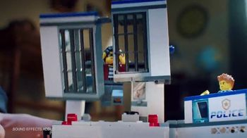 LEGO City: Police Station and Police Helicopter TV Spot, 'Jail Break' - Thumbnail 3