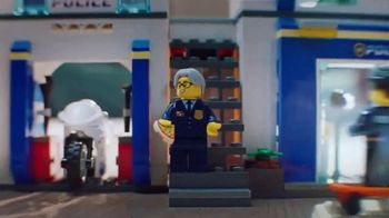 LEGO City: Police Station and Police Helicopter TV Spot, 'Jail Break' - Thumbnail 4