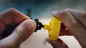 LEGO City: Police Station and Police Helicopter TV Spot, 'Jail Break' - Thumbnail 6